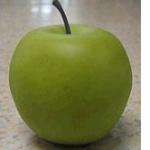青りんごと赤りんごの違いを紹介、旬な季節や有名な品種も紹介